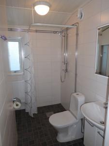 stuga-i-klappen-toa-dusch